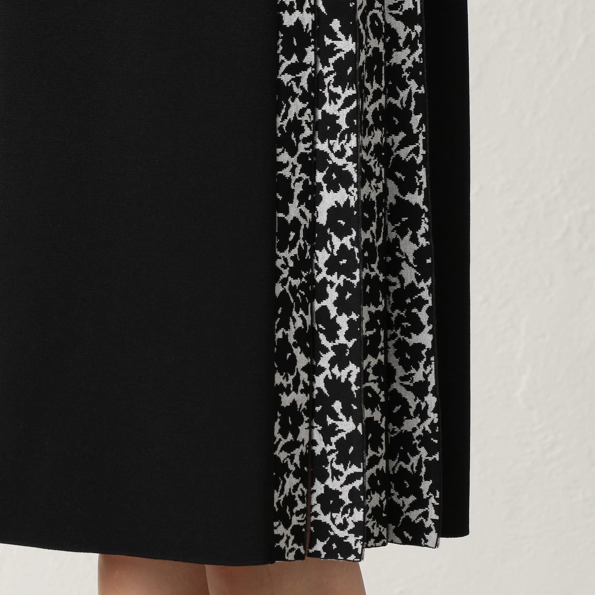 カモフラージュフラワー ニットドレス