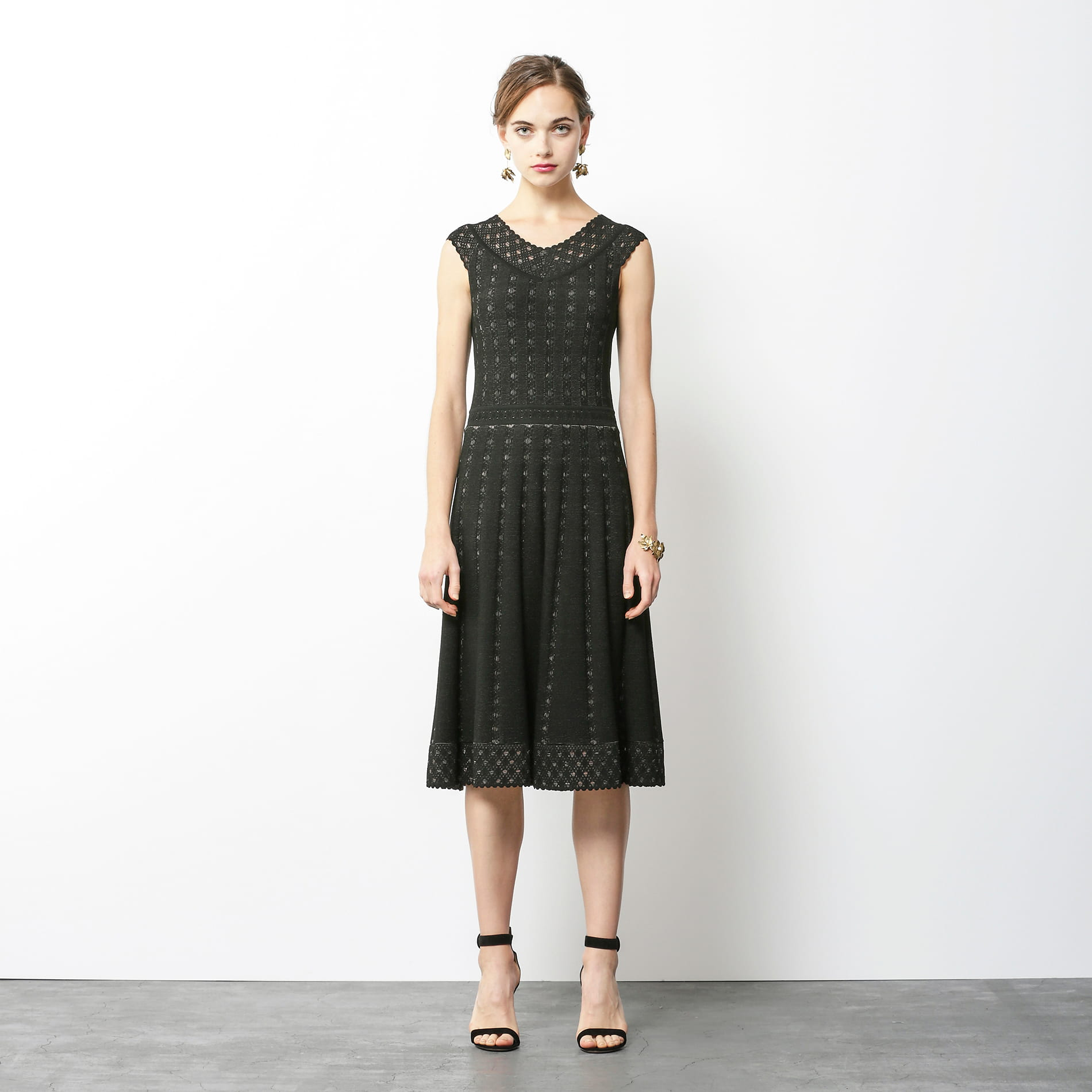 アイレットジャガード ニットドレス