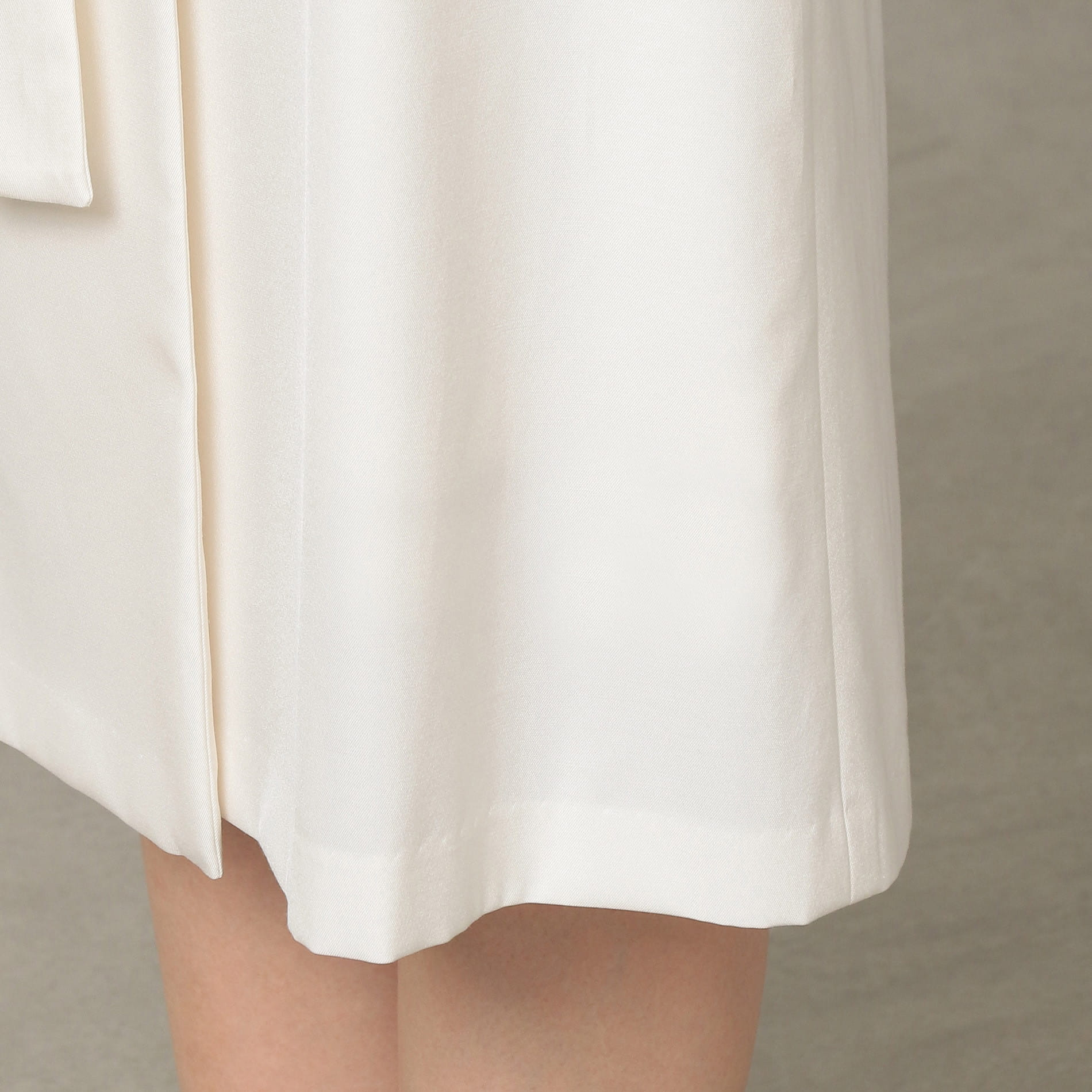 ハイツイストツイル スカート
