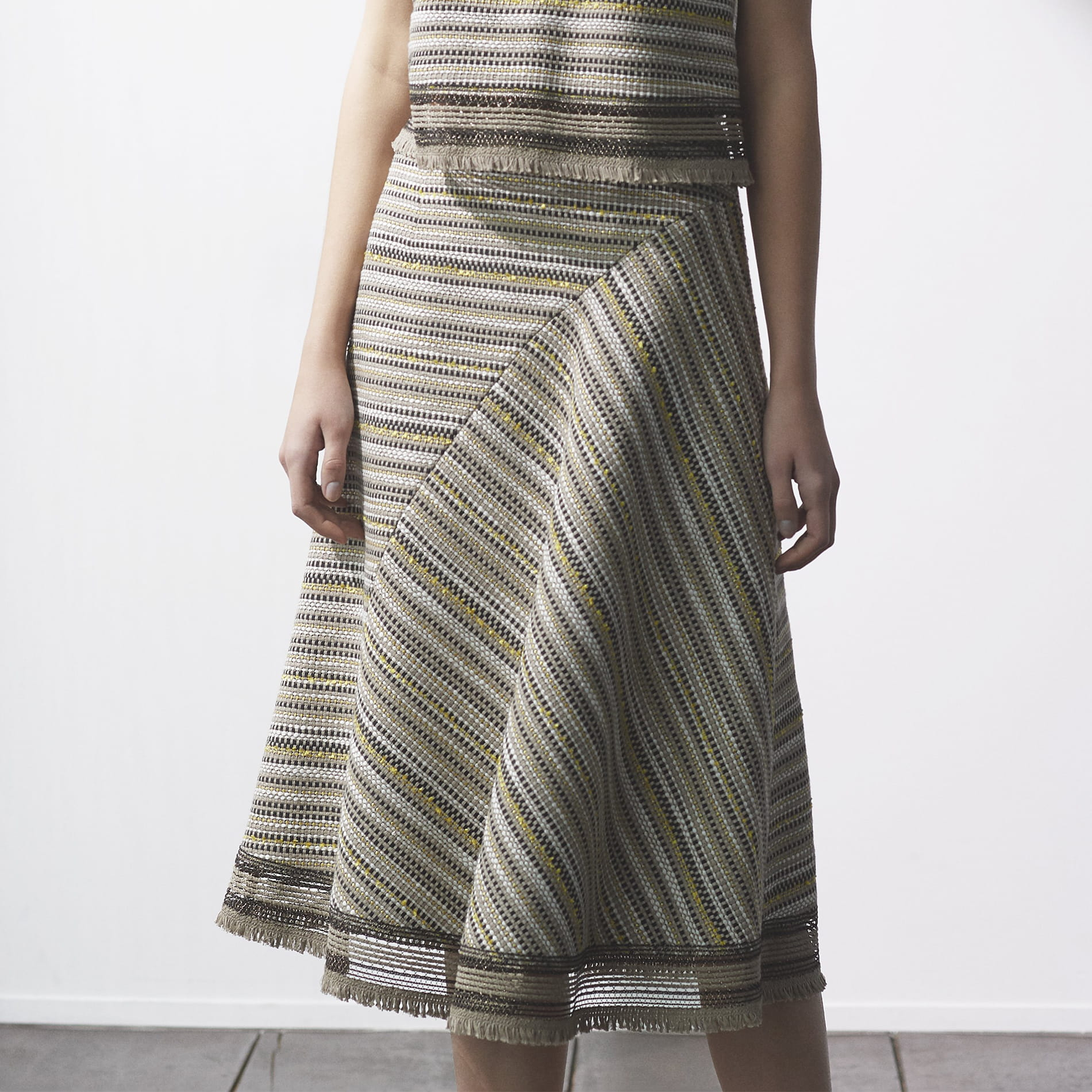タイピングツイードスカート
