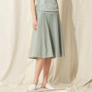 フレアレースニットスカート