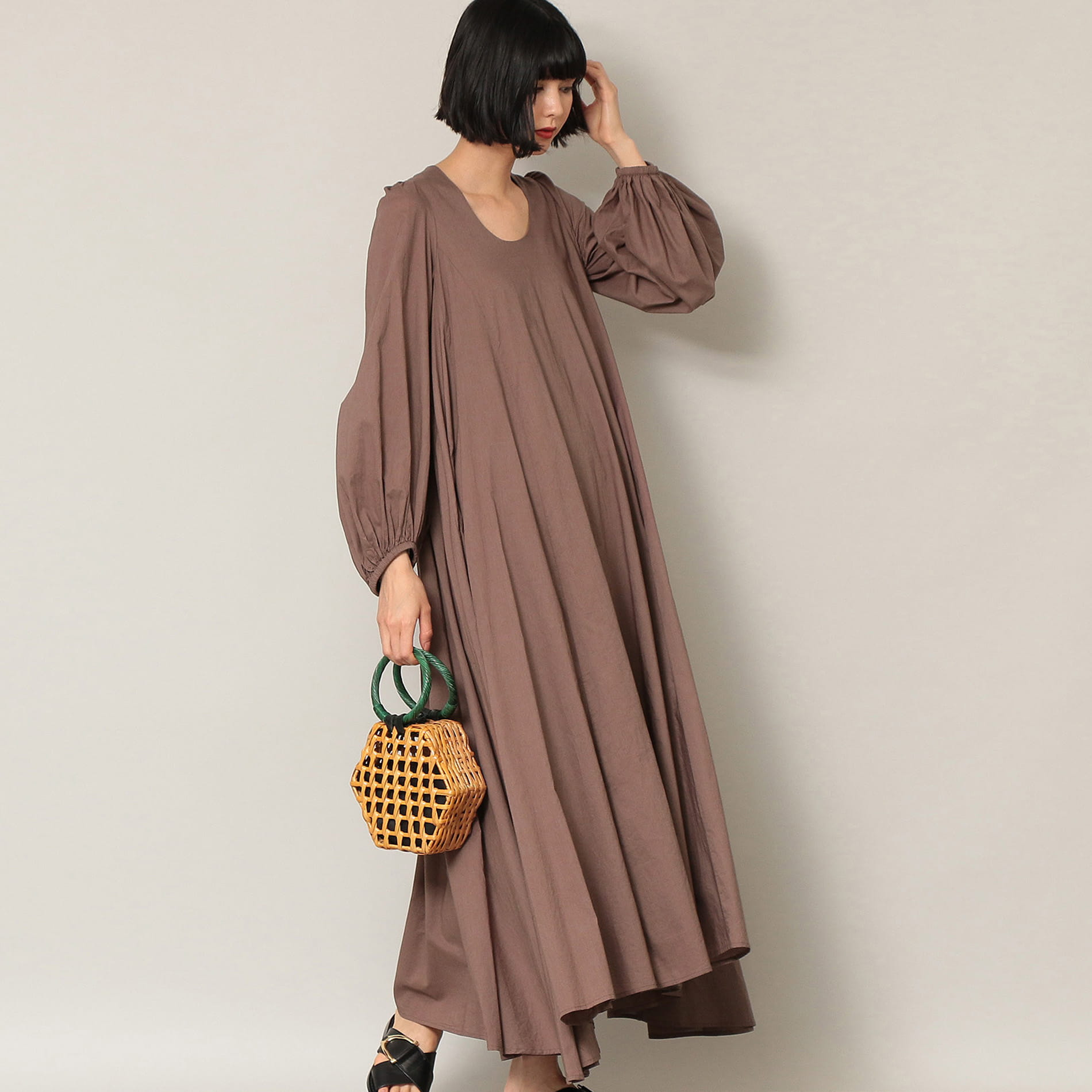 【MARIHA】秋の星影のドレス