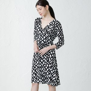 【leota】モノトーンプリントラップドレス