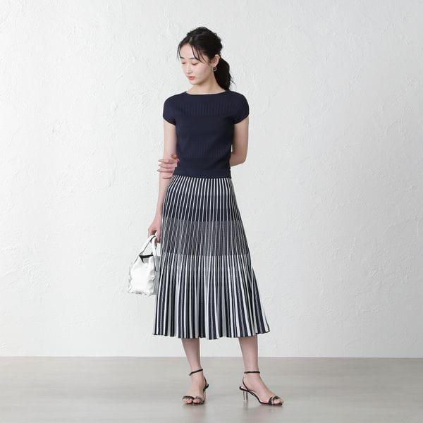 ランダムストライプニットスカート